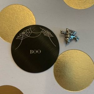 Origami Owl large black Inscriptions plate BOO